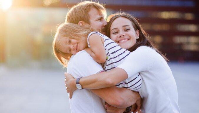 Заложено в генах: почему женщины любят обниматься