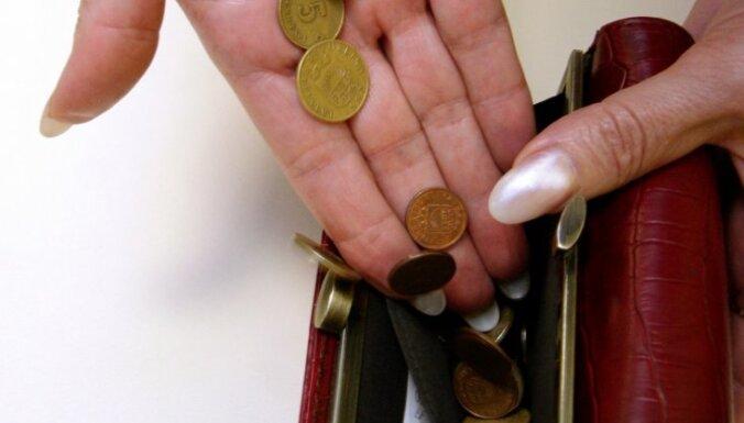 Tomēr nemazinās iemaksas 2.pensiju līmenī