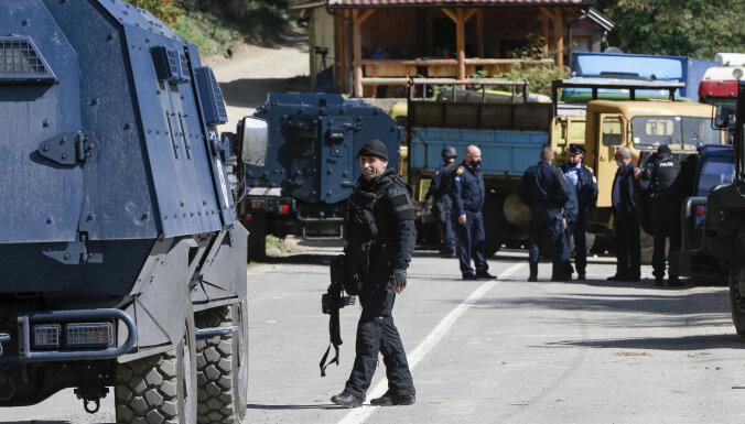 Сербия и Косово конфликтуют из-за номерных знаков, водители блокируют дороги