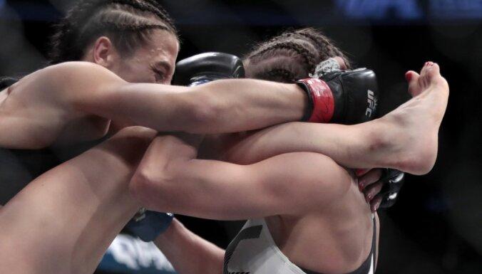 Karolina Kowalkiewicz vs Joanna Jedrzejczyk  UFC