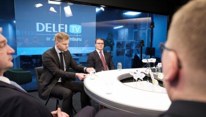 Divi, trīs uz vienu krēslu – politiķi izvairīgi stāsta par ministru kandidātiem