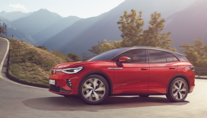 VW prezentējis sportisko elektroauto sēriju 'GTX'