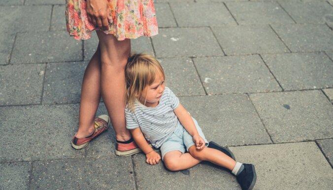 Mazā cilvēka lielās dusmas – trīs paņēmieni, kā reaģēt uz bērna niķošanos