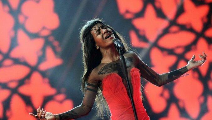 Амината попала в ТОП 100 британского чарта синглов