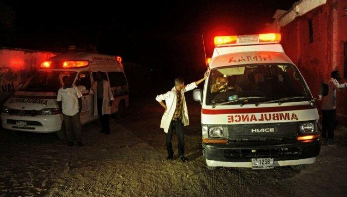 Sprādzienos Somālijas galvaspilsētā gājuši bojā vairāk nekā astoņi cilvēki