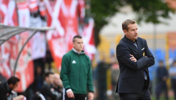 FK 'Ventspils' pamet galvenais treneris Ašvorts