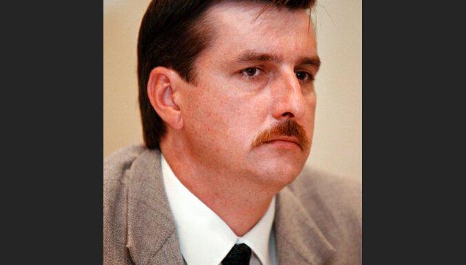 Bijušais Latvijas Pasta ģenerāldirektors Škodovs pērn algā saņēmis 68 474 latus