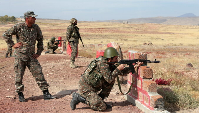 Армения и Азербайджан начали обмен пленными
