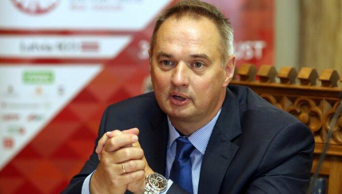 Radzevičs atjaunojis Narvaišu 'Rīgas satiksmes' padomes locekļa amatā