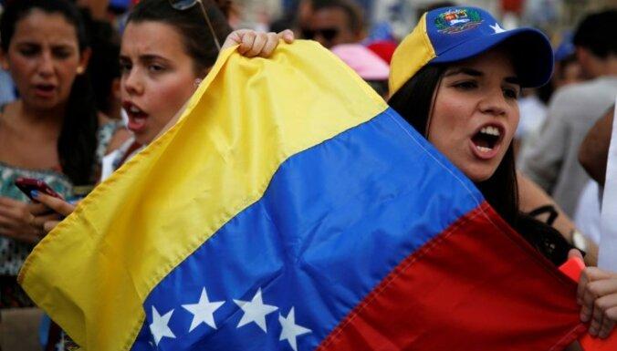 Venecuēlas Augstākā tiesa pasludina parlamenta pieņemtos likumus par spēkā neesošiem