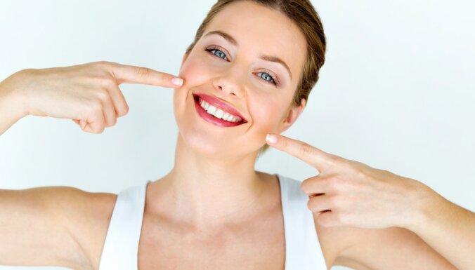 Ceļā uz Holivudas smaidu: svarīgākais par zobu balināšanu