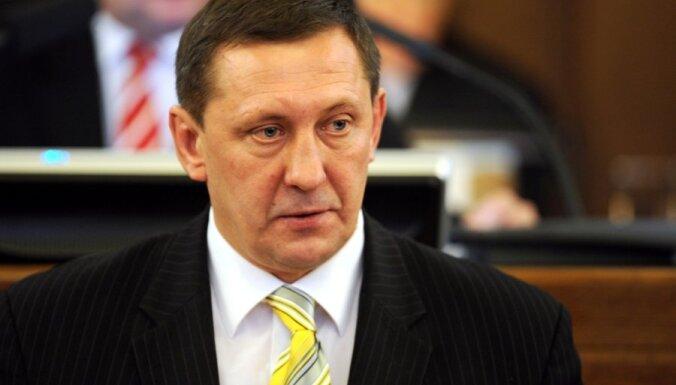 Raidījums: Saeimas deputāts Silovs apsūdzēts krāpšanā