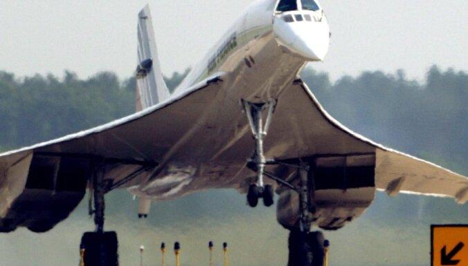 "Суд снял с авиакомпании вину за крушение ""Конкорда"""