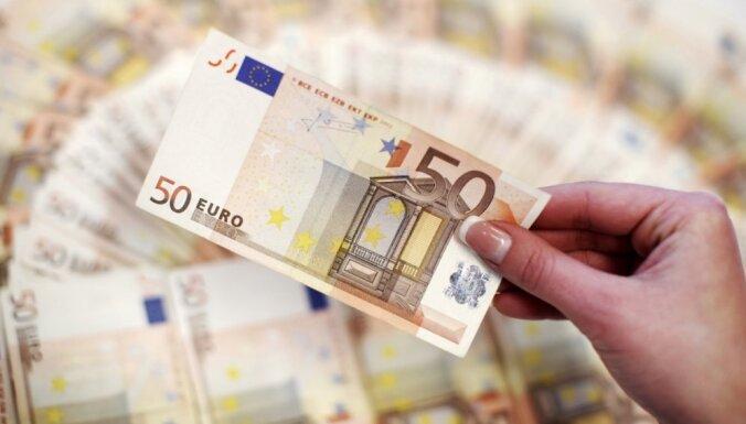 Опрос: кризис сделал латвийцев более осторожными в финансовых вопросах