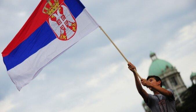 NATO lielvalstis aicina Serbiju un Kosovu atsākt attiecību normalizācijas sarunas