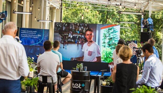 Prezentēta dokumentālā filma par riteņbraucēju Tomu Skujiņu