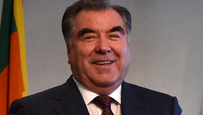 Tadžikistānā laulībās stiprina prezidenta un ziemeļu klana saites