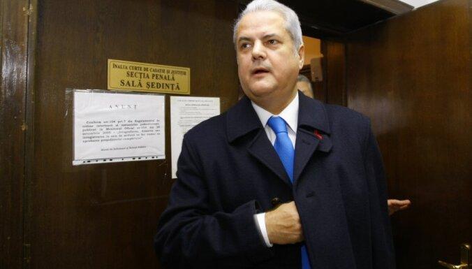Rumānijas ekspremjeram apsūdzībās par korupciju piespriests divu gadu cietumsods