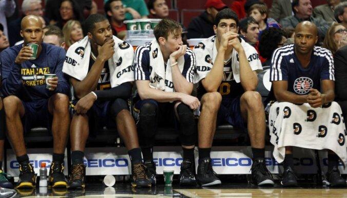 'Jazz' bez Biedriņa joprojām jaunajā sezonā cīnās bez uzvarām