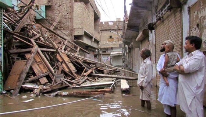 Trīs dienās plūdos Pakistānā vismaz 78 bojāgājušie