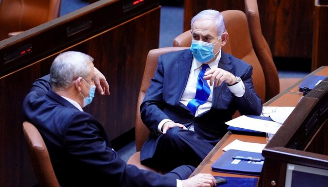 Izraēlā krīt valdība; gatavojas ārkārtas vēlēšanām