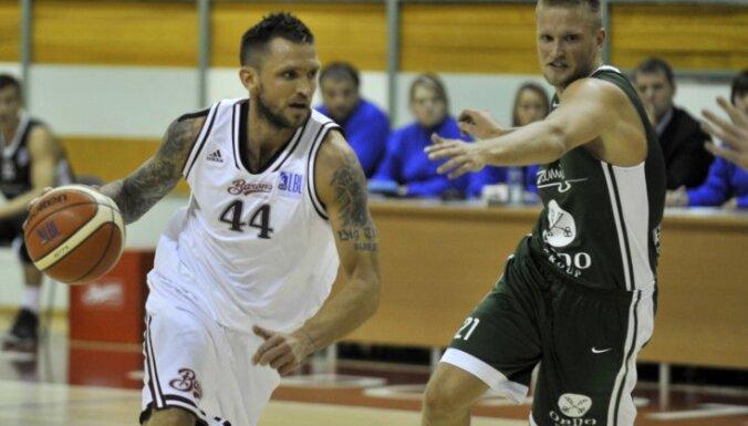 Известный латвийский баскетболист признан неплатежеспособным