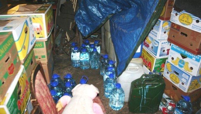 В гараже нашли подпольное хранилище алкоголя
