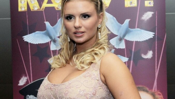 Анна Семенович ушла от Николая Баскова