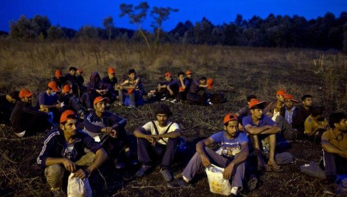 Merkeles sabiedrotie prasa dot priekšroku kristiešu imigrantiem