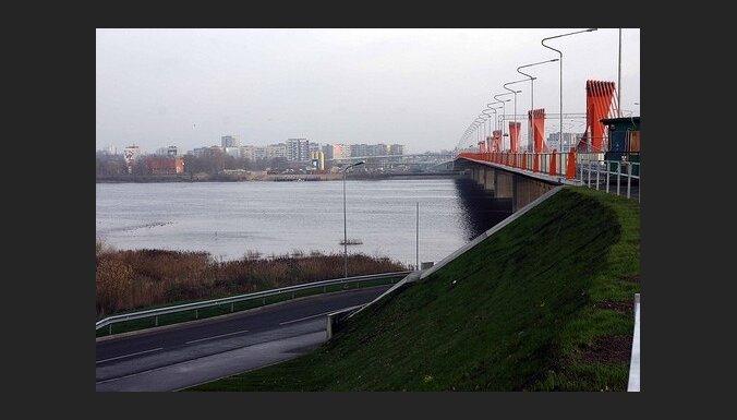 Строители Южного моста откажутся от 14 млн. латов