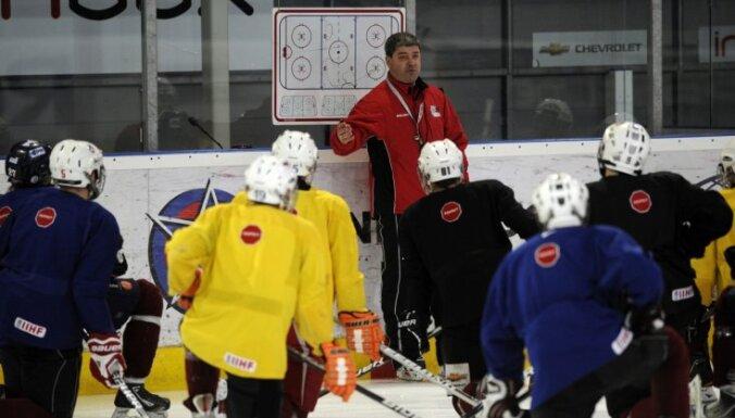 Latvijas U-18 hokeja izlasei pirms PČ būs divas pārbaudes spēles