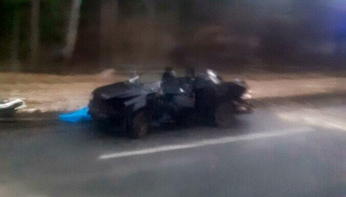 ФОТО. В трагической аварии на шоссе Рига — Бауска погиб человек