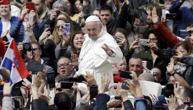 В день Пасхи папа Франциск помолился за Сирию и Украину