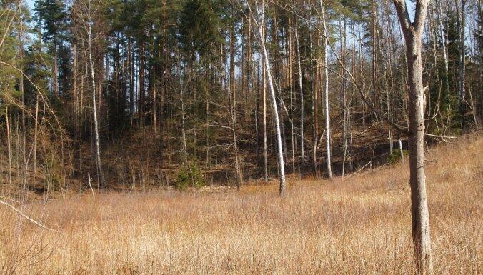 Latvijā atklāti pieci jauni pilskalni un izveidota pilskalnu karte