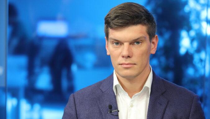 Фракция независимых депутатов не поддержит вице-мэра Бергманиса, а кандидатуру Владовой можно обсуждать