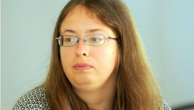 Iveta Kažoka: Dombrovska ēra
