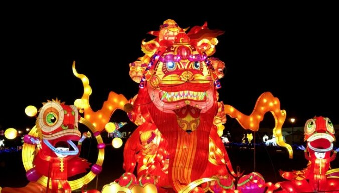 Pēdējā iespēja apskatīt savām acīm: Ķīnas laternu festivāls Lietuvā