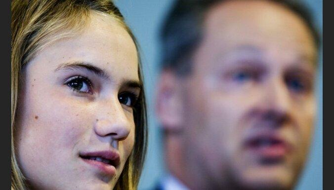Cуд снова запретил 14-летней обогнуть Землю на яхте