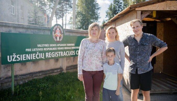 Российский журналист-оппозиционер получил политическое убежище в Литве