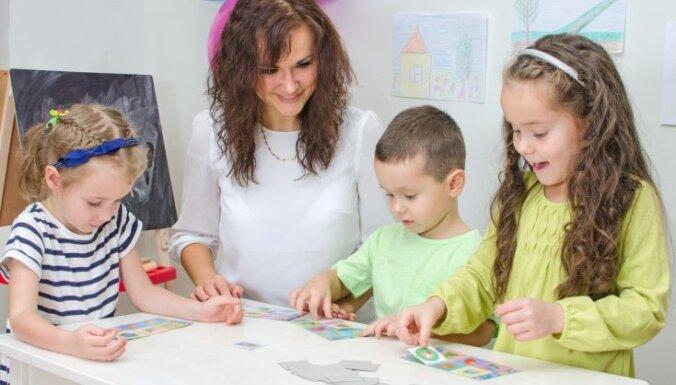 Шуплинска предложила разделить преподавание и присмотр за дошкольниками, учителя против