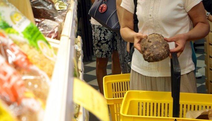 Latvijā jūlijā bijusi zemāka gada inflācija nekā ES un eirozonā vidēji