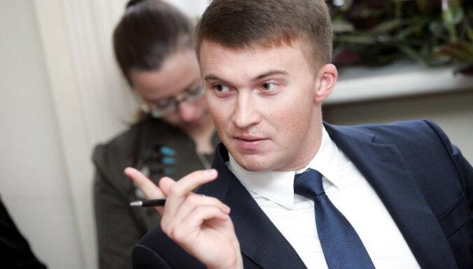 Vladimirs Reskājs: Ceļu fonda cauro maisu mēģina lāpīt ar nodevu plāksteri