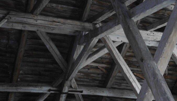 Nezūdošas vērtības: kas ir pildrežģu mājas un kā tās būvēt