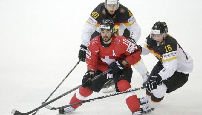 Šveice pirms spēles ar Latviju gūst vienus vārtus un pieveic Vāciju