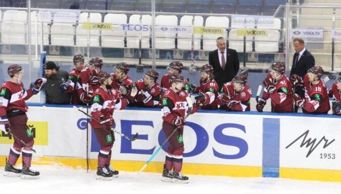 Latvijas hokejisti turnīrā Minskā pārliecinoši pieveic Franciju
