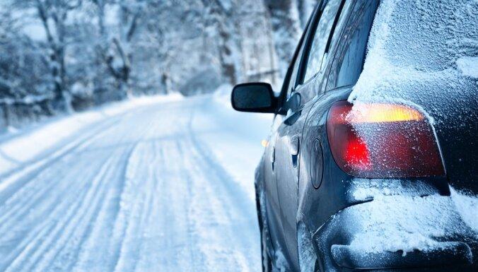 Pieci ieteikumi drošai braukšanai ziemas periodā