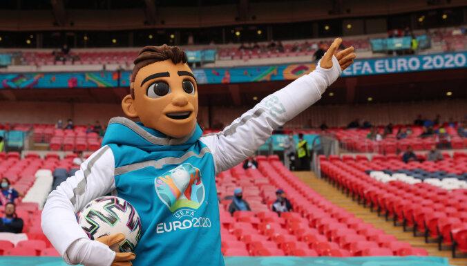 'Euro 2020': astotdaļfināla spēles aizvada titulētās Spānija un Francija