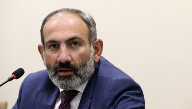 Pašinjans apsūdz parlamenta deputātus 'sabotāžā'
