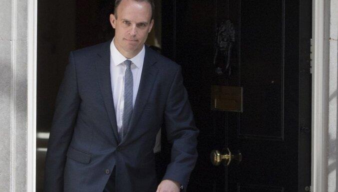 Lielbritānijā par jauno 'Brexit' ministru iecelts Dominiks Rābs