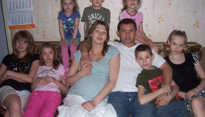 """Отец десятерых детей: """"Я счастлив и благодарен Богу за свою дочь с синдромом Дауна"""""""